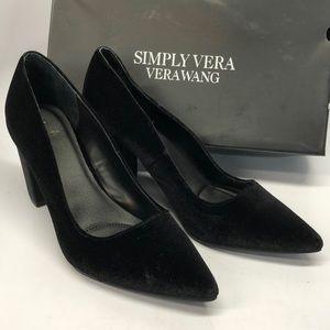 NWT Simply Vera Wang Heels